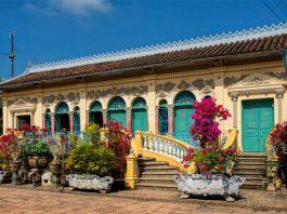 Khám phá vẻ đẹp bí ẩn của những ngôi nhà cổ ở Việt Nam